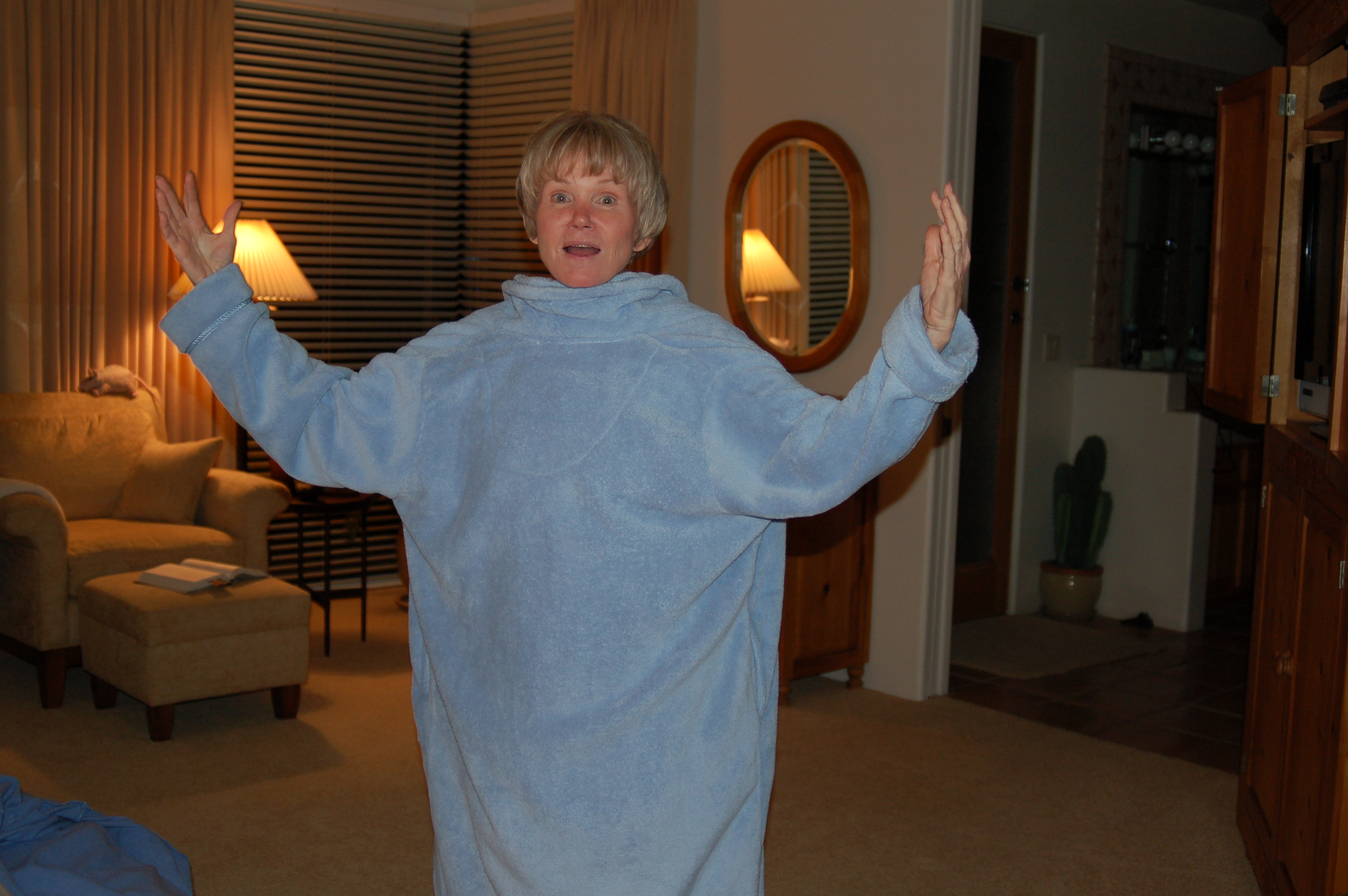 Mom wearing her robe backwards.