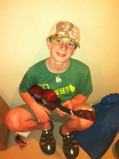 Middle Boy With His Ukulele - Pronounce It Right!